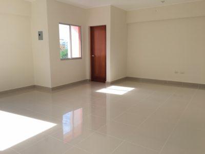 locales_comerciales_en_alquiler_santo_domingo_Evaristo Morales_www.inmobiliariaeliterd.com