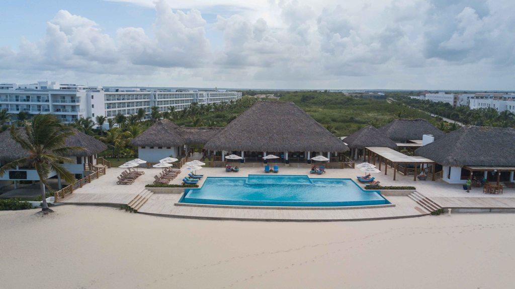 Apartamentos en venta Punta Cana. www.inmobiliariaeliterd.com 19