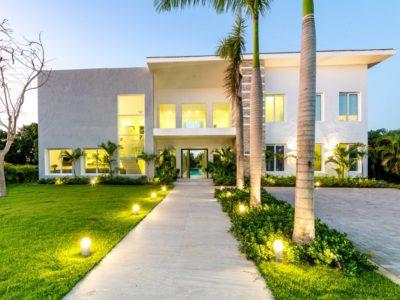 Villa en venta, Punta Cana. www.inmobiliariaeliterd.com 1