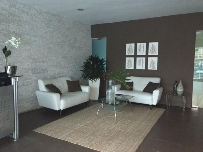 Apartamento en venta Santo Domingo, Evaristo Morales. www.inmobiliariaeliterd.com 12